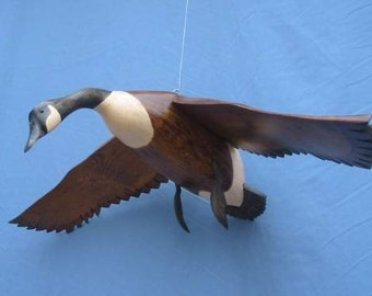 Hand carved Flying Canada Goose decoy carving R.Kelly