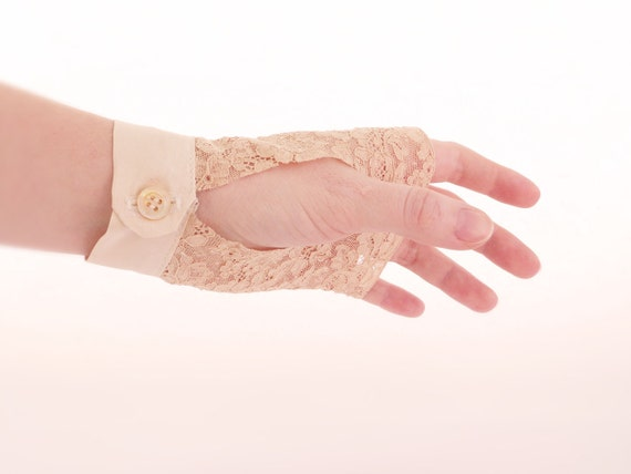 Vintage lace fingerless gloves Beige silk Bridal accessories OOAK by Jye, Hand-made in France
