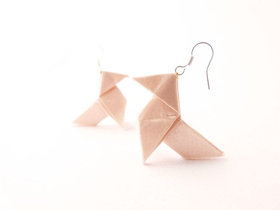 Origami earrings Champagne silk Bridal jewelry OOAK by Jye, Hand-made in France