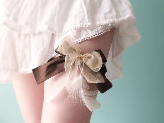 Brown silk garter Feathered bridal lingerie OOAK by Jye, Hand-made in France