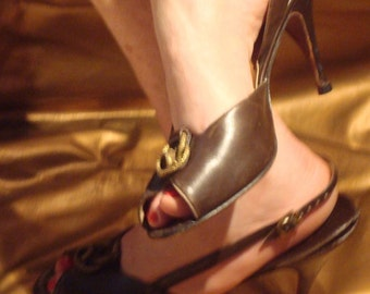 Classic 50s sling backs from French Bootery