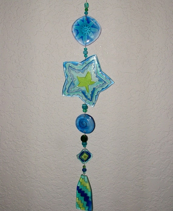 Star Sun Catcher - Turquoise and Chartreuse Glass Sunspot