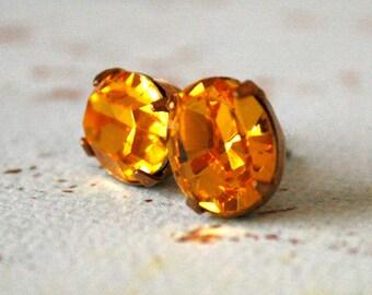 Sunflower Swarovski Crystal Ovals in Brass, Amber, Stud Earrings, Simple Jewelry