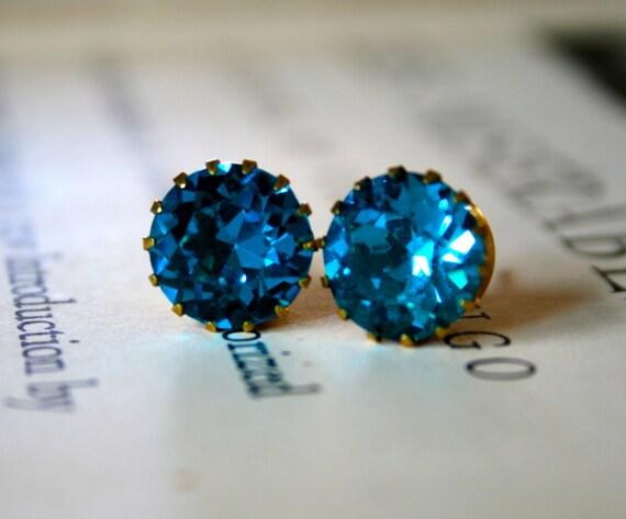 Blue Zircon Crystals in Brass Tiffany Settings, Bright Blue, Bridal Jewelry, Vintage Swarovski, Jewel Tone, Dentelle, Stocking Stuffer