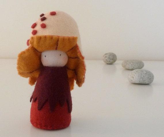 Mushroom Felt Pocket Doll, Organic kid's toy, Eco Friendlly toy, Handmade doll - Nedu