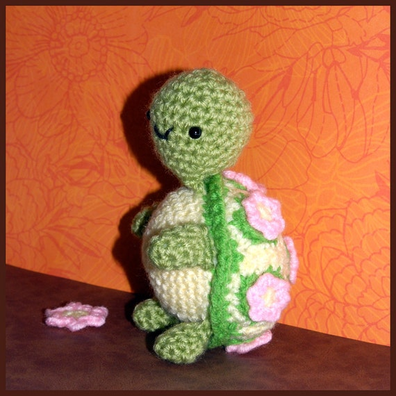 Crochet Pattern Amigurumi Turtle : Crochet Pattern: Amigurumi Lily Turtle by Yarnington on Etsy