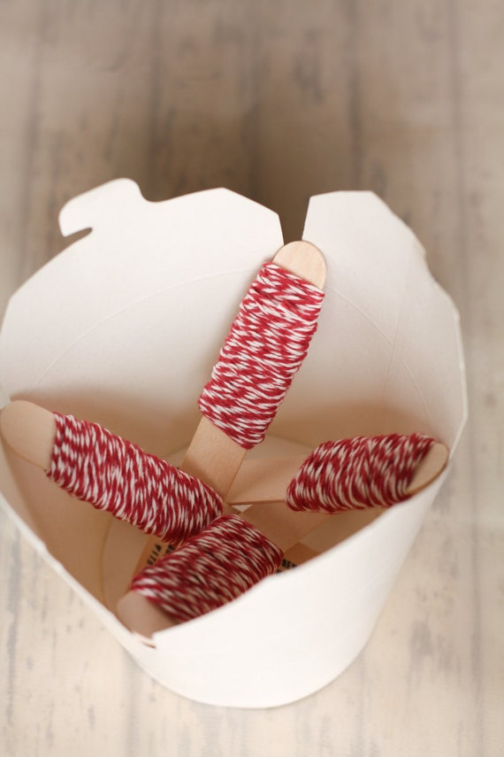 Bakers twine bianco e rosso 9m / 9m of Red and White Bakers Twine