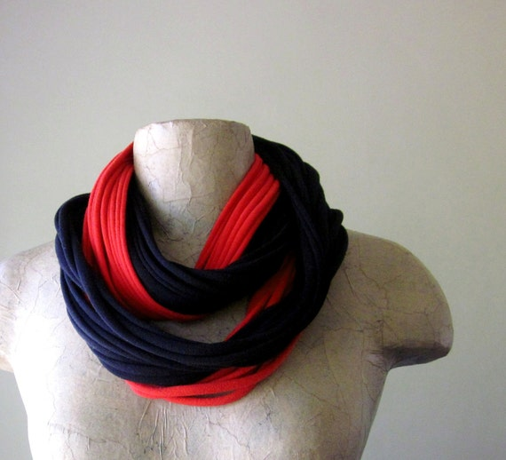 THE STANDARD cotton scarf necklace in red & black