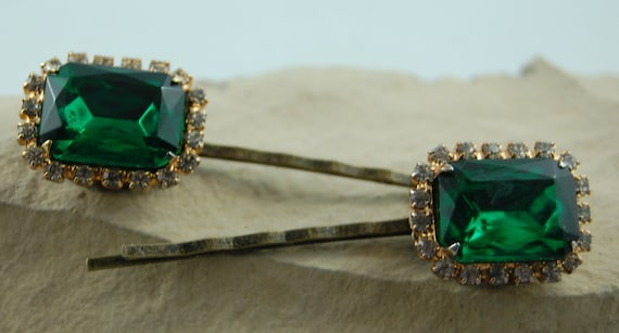 Vintage Inspired Bobby Pin Emerald Green  Rhinestones Sold do not buy Sold