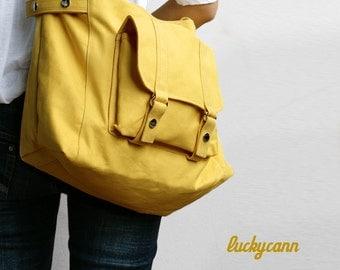 CARSON // LemonChiffon / Line with Beige / 032 / Ship in 3 days // Messenger / Diaper bag / Shoulder bag / Tote bag / Purse / Gym bag