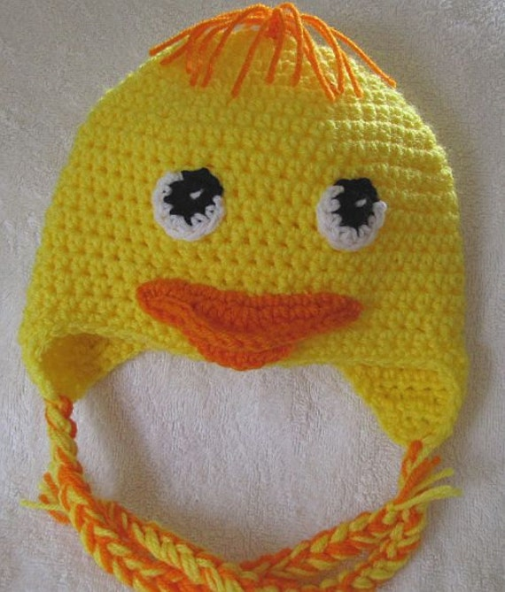 Yellow duck beanie for child