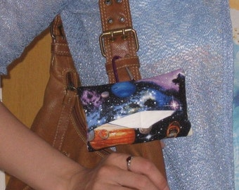 CLEARANCE - Mini tissue holder fort belt/diaper bag/tote bag, with carabineer - cozy  - Planet Timeless Treasure- ready to ship