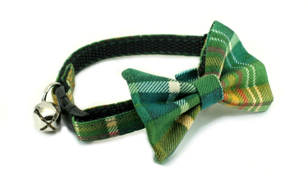 cat collar with bow tie cozy green plaid