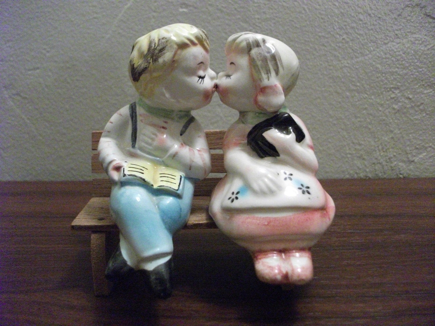 Vintage kissing salt and pepper shakers with bench by primepickins - Salt and pepper shakers hugging ...