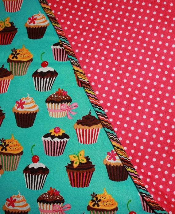 Large Baby Girls Blanket Cupcakes Polkadot Print Crib Size 40x40