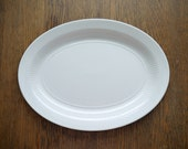 Vintage cream/white Ironstone platter with ribbed edge