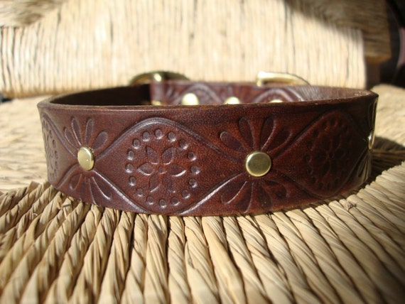 """Custom Listing for Emily.  1"""" Size Small. Cocoa Leather Dog Collar without rivets. Small Silver Buckle."""