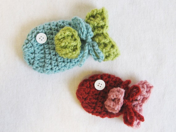 Baby CROCHET PATTERN Baby Fish Mittens (3 sizes included from newborn-24 months) Instant Download