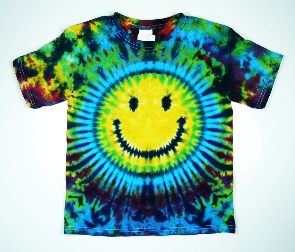 Smiley face tie dye shirt kids sizes short or long sleeve for Custom tie dye t shirts