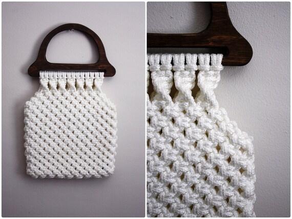 60s Bohemian White Macrame Bag with wood handle.