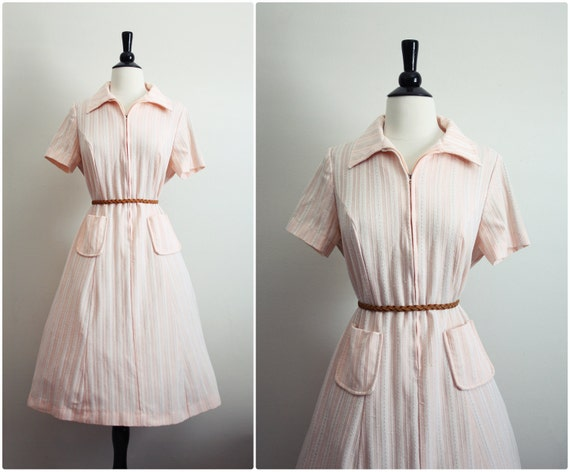 Vintage 50s Light Pink Stripes Spring Dress. Size Large