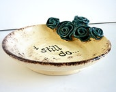 Anniversary ring dish with romantic turqouise flowers