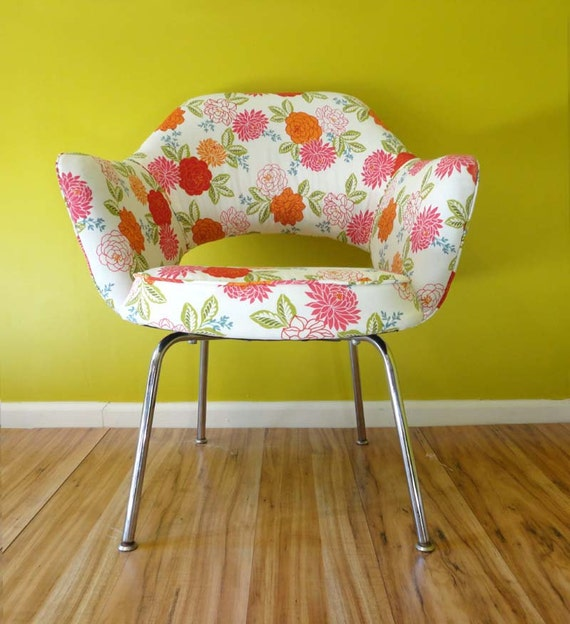 Mid Century Chair Vintage Saarinen Executive Chair  New Upholstery