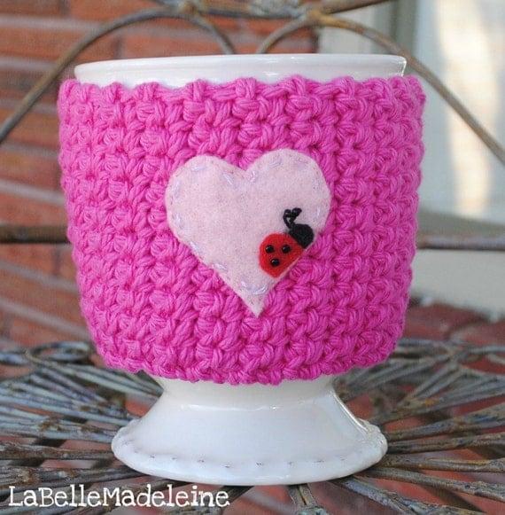 Cup Cozy BUG On A MUG Cozy Ladybug in Love, valentines, coffee sleeve, cosy, pink, heart, ladybug, ladybird, crochet cozy