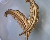 Vintage Brass Feathers (2 pc)