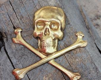 No. 4 Skull and Crossbones jumbo (1 pc)
