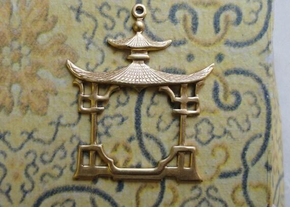 Chinese Pergolas bead or frame (2 pc)