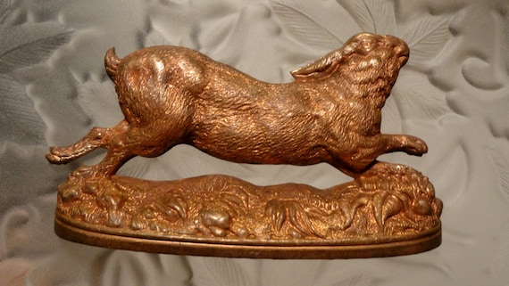Exceptional Rare Vintage French Hare  with 2 holes (1pc)
