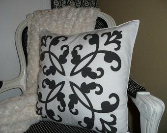 Ornate Swirls Pillow Cover