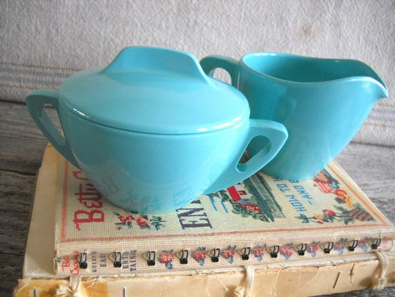 Midcentury Prolon Ware Aqua Creamer and Sugar Set