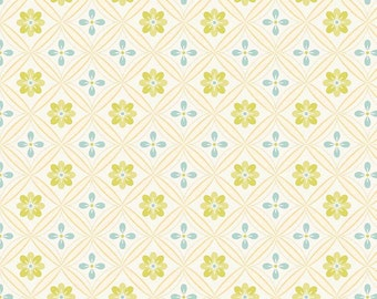 04221  - Riley Blake Daydream C4502 Bandana in cream color- 1 yard