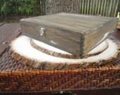 Shabby Chic Rustic Vintage Old Style Wood Cigar Box Groom Best Man Groomsmen Gift Set