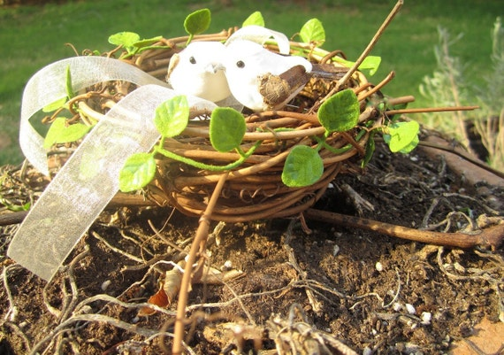 Handmade Grapevine Ring Bearer Love Birds In Birds Nest Woodland Rustic Cottage Beach Spring Summer Garden Shabby Chic Wedding Decorations