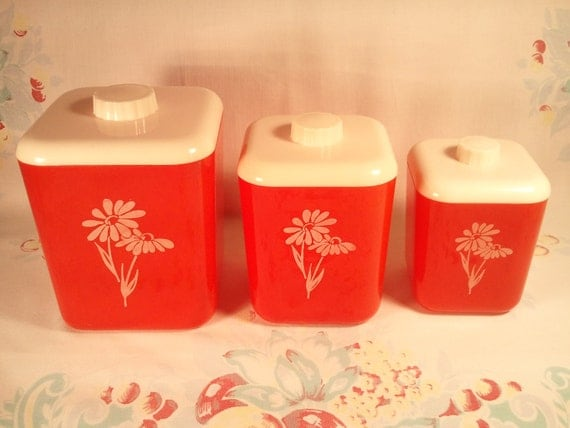 Vintage Set of 3 Plastic LUSTROWARE Red and White Daisy Flower Canisters