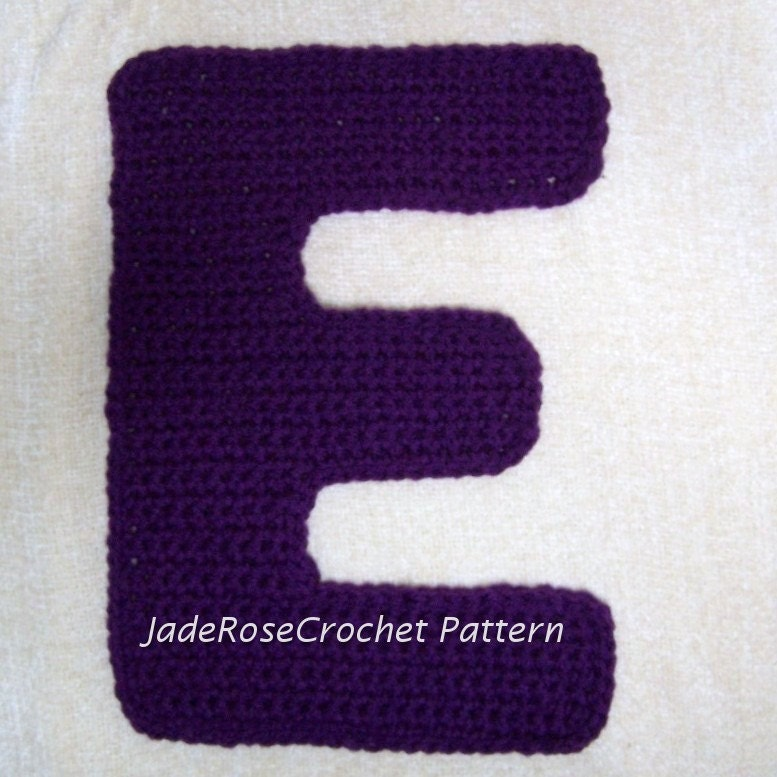 Free Crochet Letter Pillow Pattern : Crochet Letters Patterns E Appliques and 3D Decorative Accent