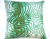 "For Jessica: Pillow, 20"" -Wavelength, verde, 100% hemp"