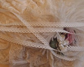 """3 yds- Light Cream Doll Lace -Dolls - Lingerie, Weddings - 3/8"""" Wide - Lamp Shades, Crazy Quilts"""