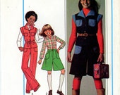 Vintage Sewing Pattern - 1977 Girls Pants, Pantskirt, and Top, Simplicity 7906 Sizes 10, 12