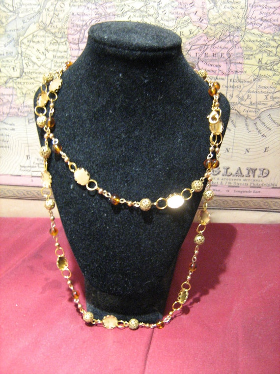 Tudor-type beaded chain in amber  hues
