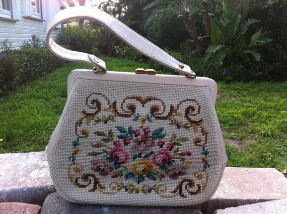 Vintage Martha Klein purse. Embroidered.  Features cream handbag embroidery floral design with flowers on bag.
