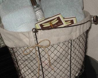 Farmhouse Wire Basket - Bathroom Decor, Office Decor, Farmhouse Chic, Farmhouse Cottage, Rustic Famhouse