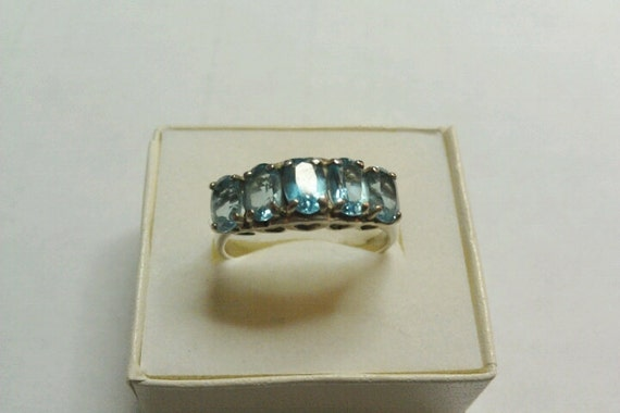 Vintage 925 Silver Ring With 5 Aquamarine or Blue Stones and Hearts Sz 8