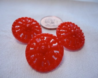 """14 Vintage plastic, mixed colors, open work buttons same size and pattern. (see colors below) 0.75"""" in diameter.  SLVT(Bg35)12.2-11.1"""