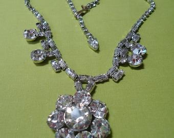 """Vintage Art Deco, Art Nouveau rhinestone necklace with round  floral like pendant. 14"""" long.  TROVAN12.2-4.4."""
