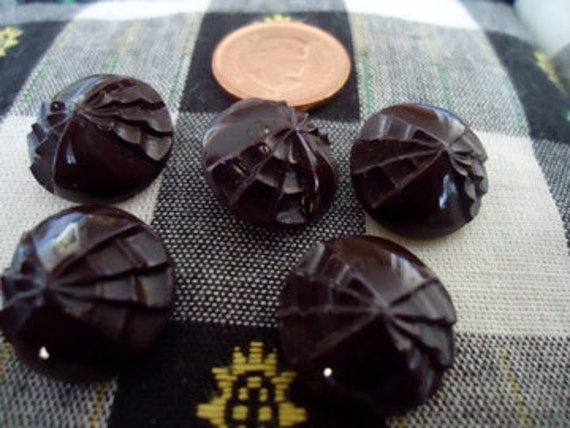 5 vintage glass buttons, dark chocolate brown colour. self shanked, small, lovely detail. UNK12.2-12.1