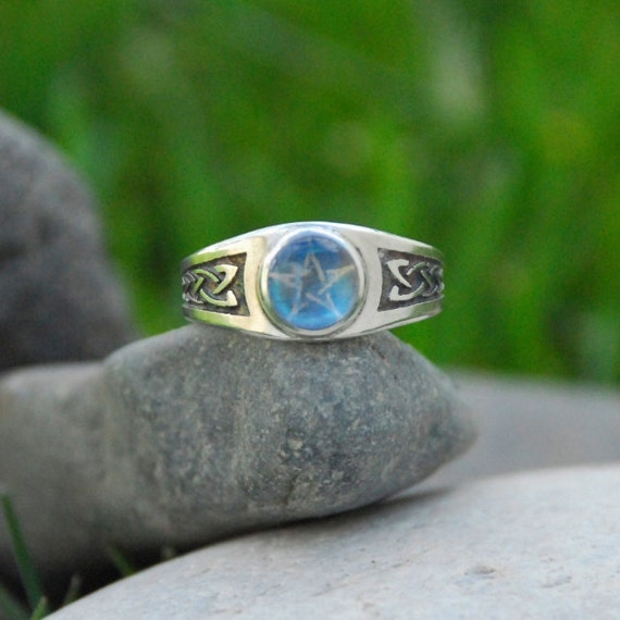 Celtic Rainbow Moonstone Pentacle Knot Work Ring Magic Ring
